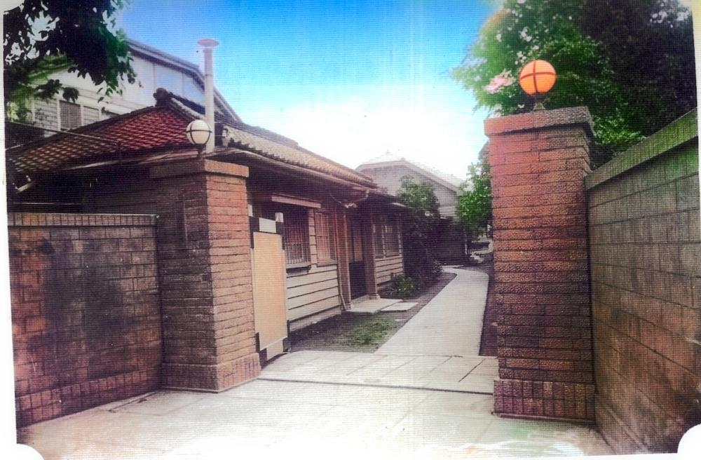 通町時代の学舎通用門